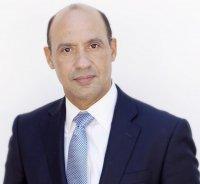 Dr. Robert Valenzuela, MD